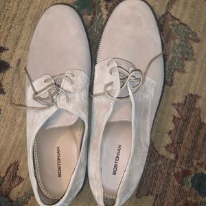 Bostonian tan shoes
